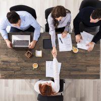 Pesquisas indicam que 1,8 milhões de pessoas serão empregadas em 2020